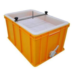 Uncapping tray 300 mm with plastic strainer and spike